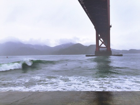 8-10 foot waves breaking below the golden gate bridge